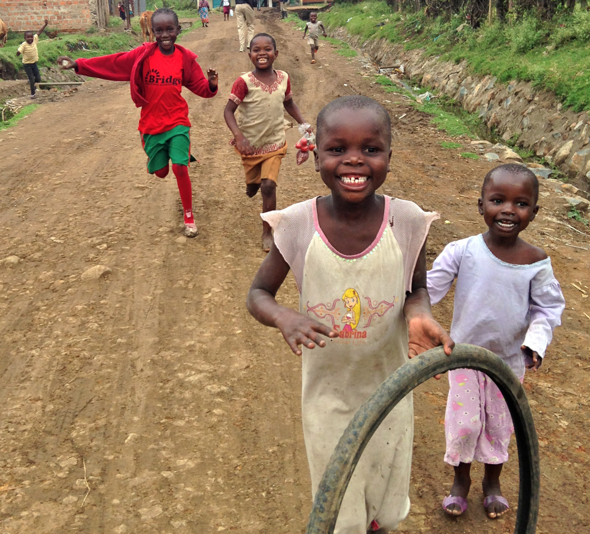children playing in Kenya