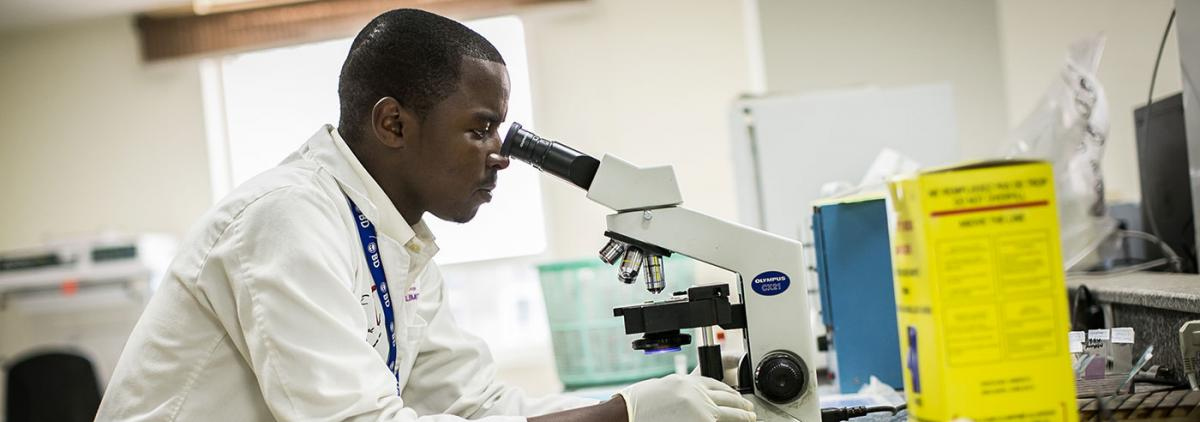 Photo of Lab worker in Nairobi Kenya
