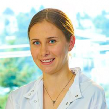 Photo of Pathobiology student Emily Gage