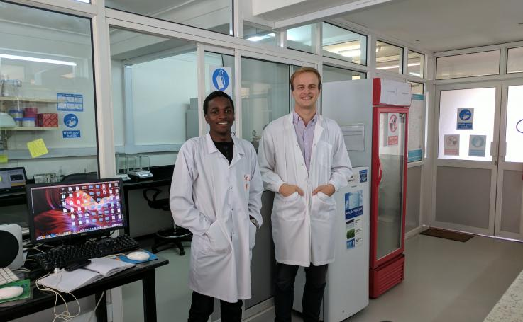 Photo of Fritz Siegert & Ivan Mufumba in the CHILD Lab